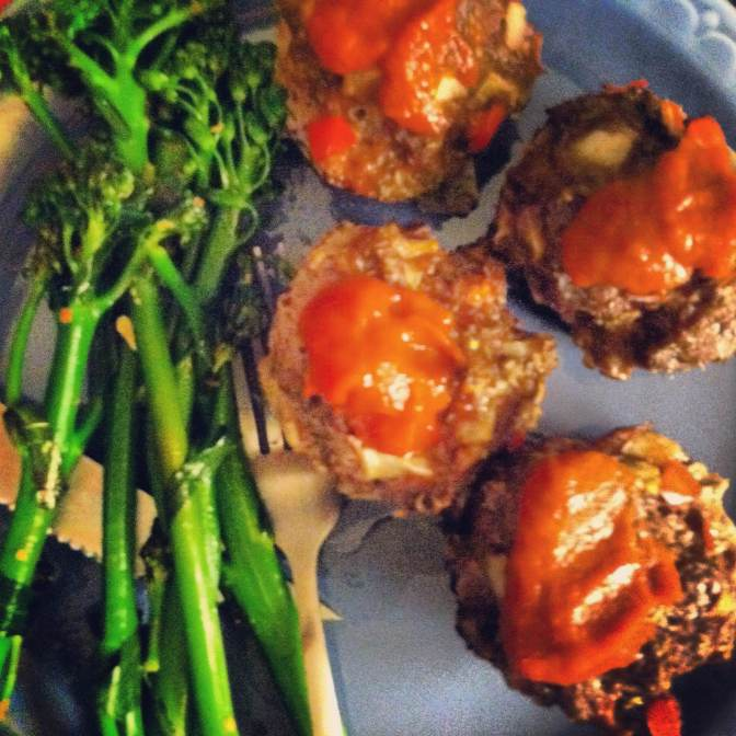 Playing with Food – Meatloaf Muffins and Homemade Ketchup